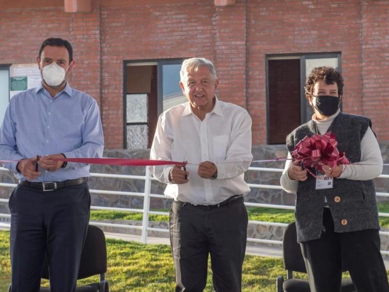 Inaugura AMLO Universidad Benito Juárez en Pinos