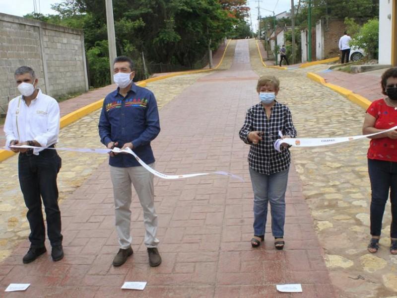 Inaugura REC calles y avenidas en Copoya