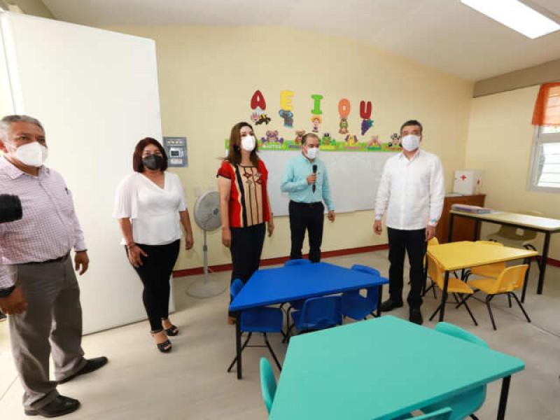 Inaugura Rutilio Escandón Jardín de Niños