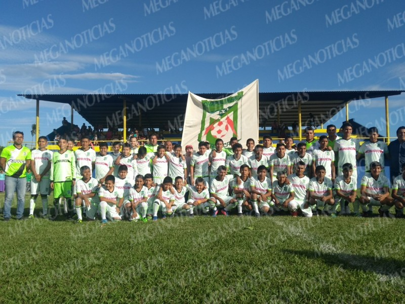 Inauguran Academia de Fútbol Chapulineros en San Blas