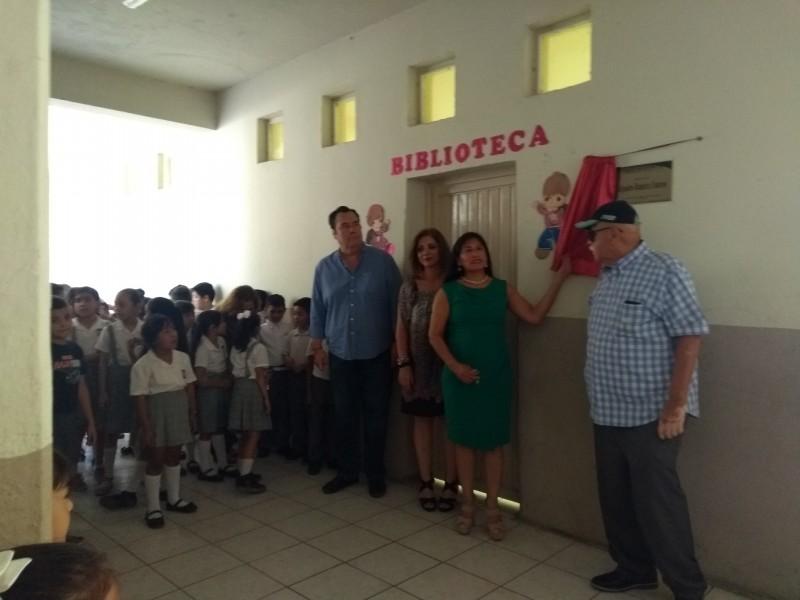 Inauguran biblioteca en honor al profe Ramírez Cisneros