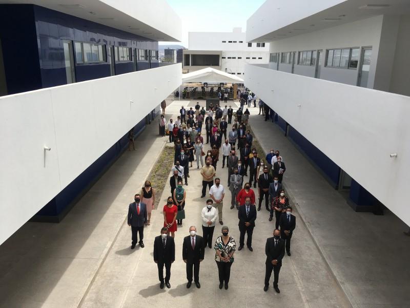 Inauguran el nuevo edifico de la facultad derecho