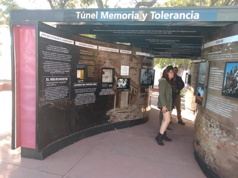 Inauguran el túnel de la memoria y tolerancia