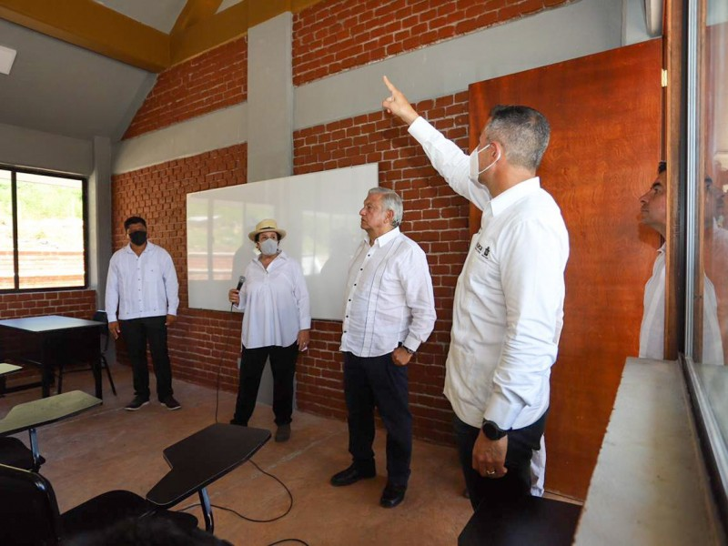 Inauguran primera Universidad para el Bienestar en Oaxaca