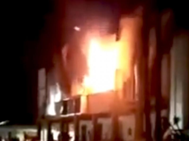 Incendian alcaldía de Altamirano en Chiapas