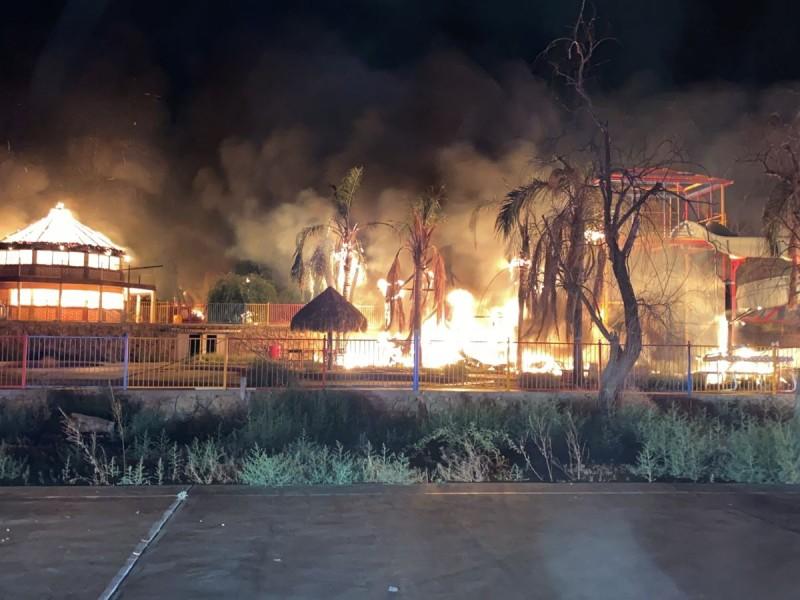 Incendian  ranchos en Caborca