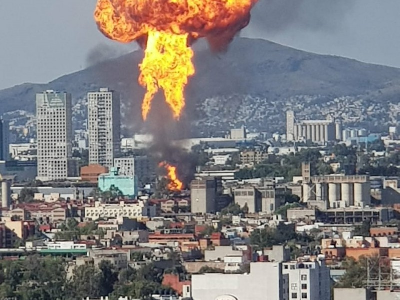 Incendio deja un lesionado en la Cuauhtémoc