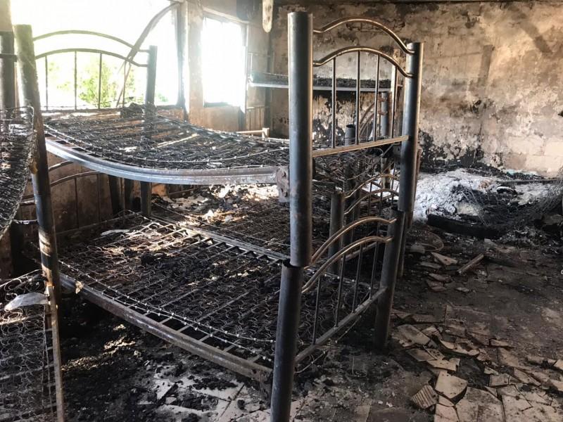 Incendio en casa hogar fue provocado presuntamente por cohetes