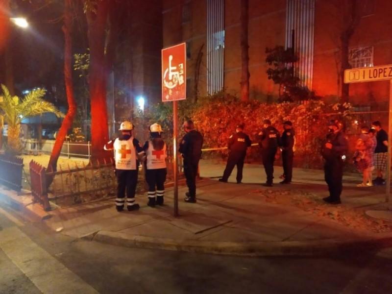 Incendio en registro de CFE causa alarma en la Cuauhtémoc