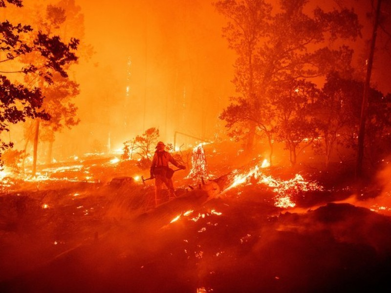 Incendios en California superan récord de hectáreas consumidas