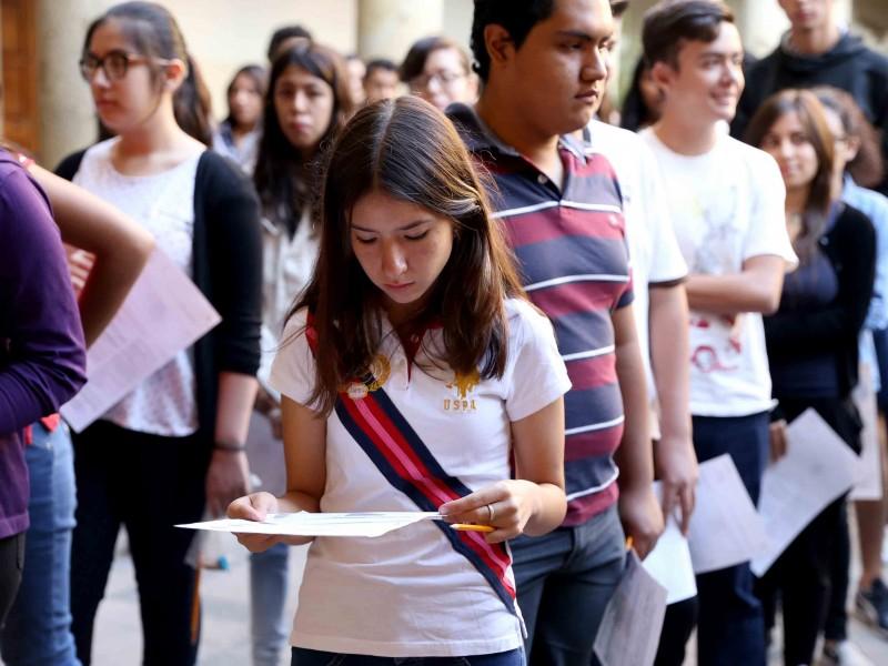 Incertidumbre en jóvenes aspirantes a preparatoria por pocos conocimientos