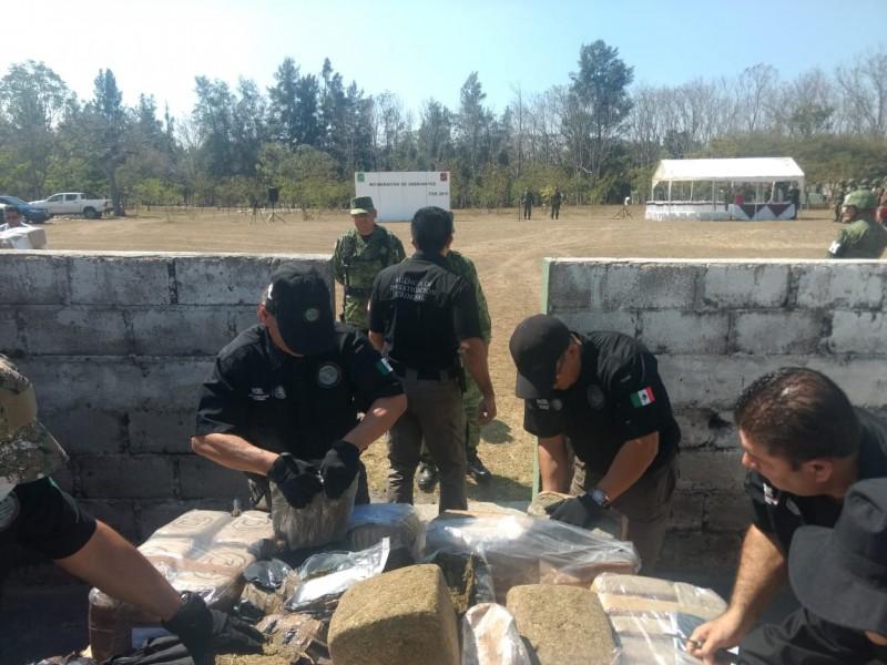 Incinerar enervantes en Chiapas autoridades federales