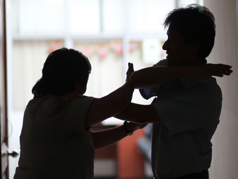 Incrementa violencia intrafamiliar durante aislamiento social; 40 denuncias al día