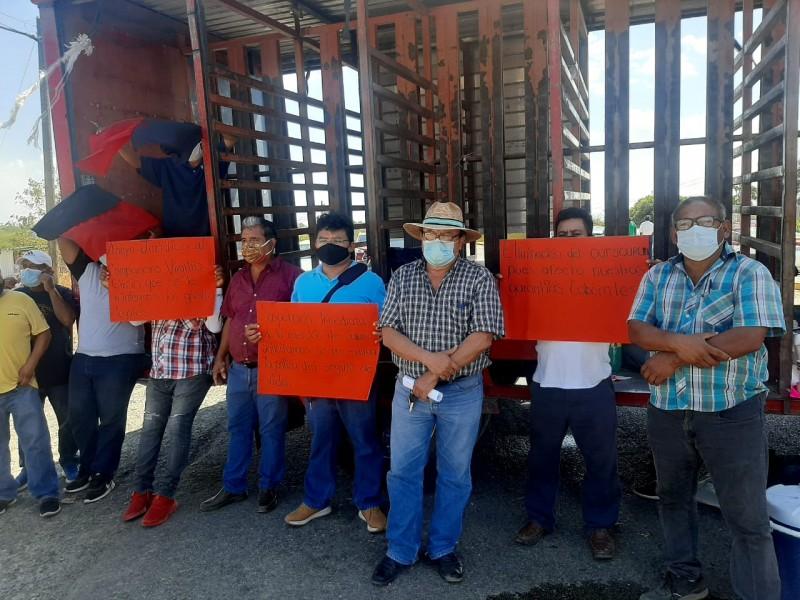 Incrementan denuncias contra empresa OLD, protestan trabajadores en Tehuantepec