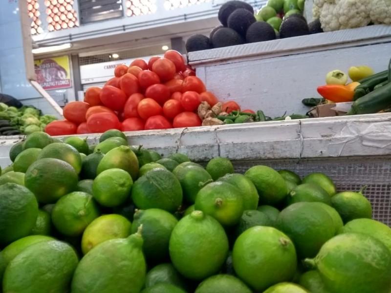 Incrementan precios de productos en mercados locales