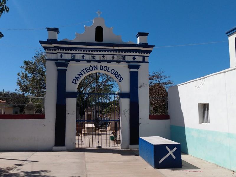 Incremento de defunciones satura panteón de Dolores en Tehuantepec
