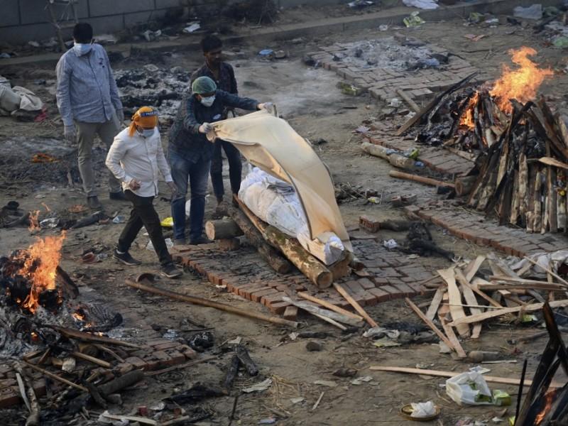 India: Mueren 115 personas cada hora en promedio por Covid-19