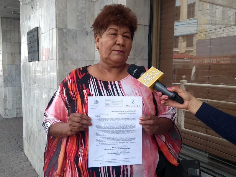 Indígenas solicitan atención al presidente municipal.