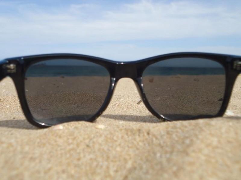 Indispensable llevar lentes para sol estas vacaciones