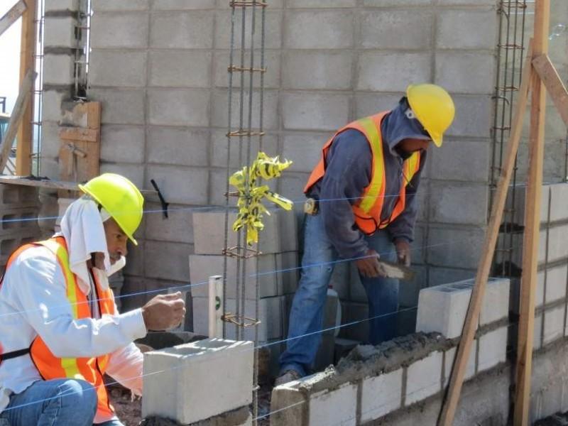 Industria de la construcción reanudará actividades con falta de obras