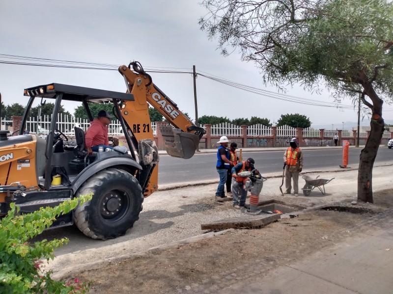Industria de la construcción sobrevive con obra pequeña en Guanajuato