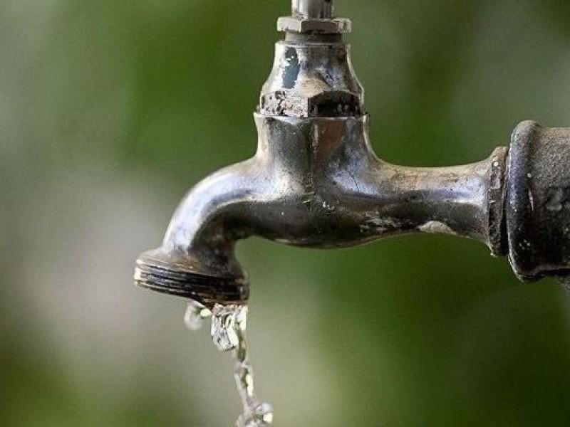 Informan sobre poca presión de agua en colonias de Veracruz