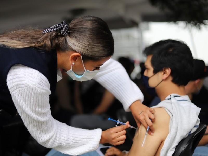 Inicia esta semana vacunación a población mayor de 18 años
