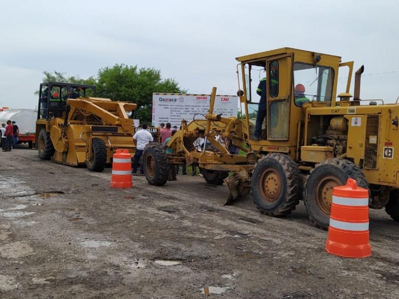 Inicia la reparación de la carretera Juchitán-Unión Hidalgo