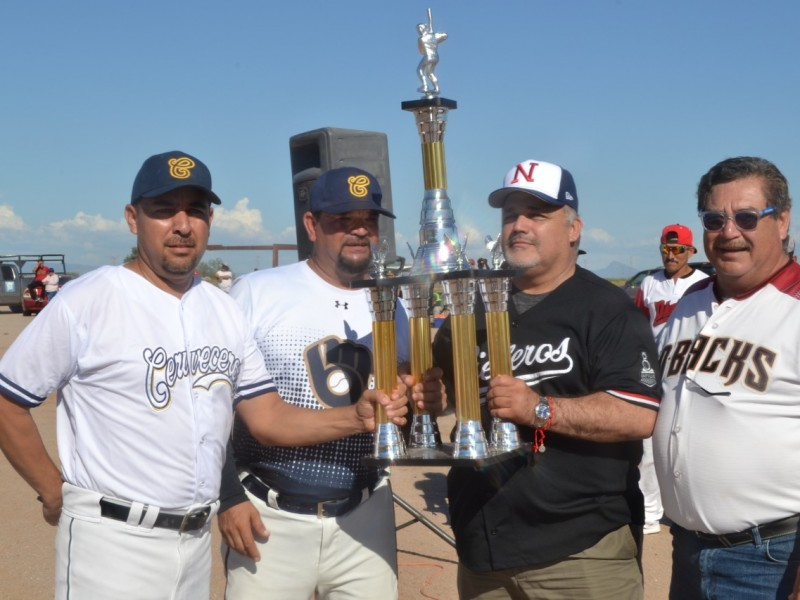 Inicia liga municipal de béisbol en Empalme