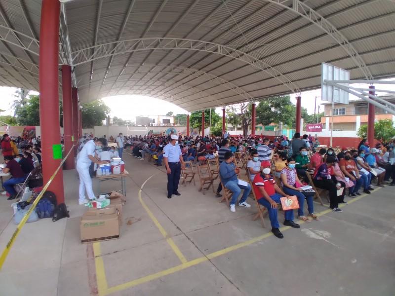 Inicia penúltima jornada de vacunación en Tehuantepec; segundas dosis Pfizer