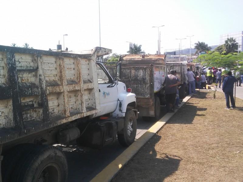 Inicia programa emergente de bacheo en Tepic