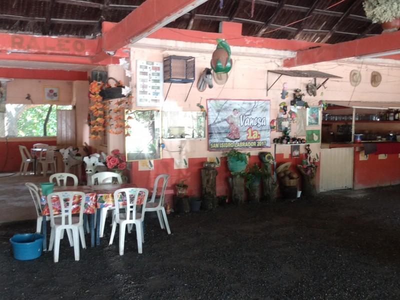 Inicia reactivación gradual de zona turística y comercial en Mixtequilla
