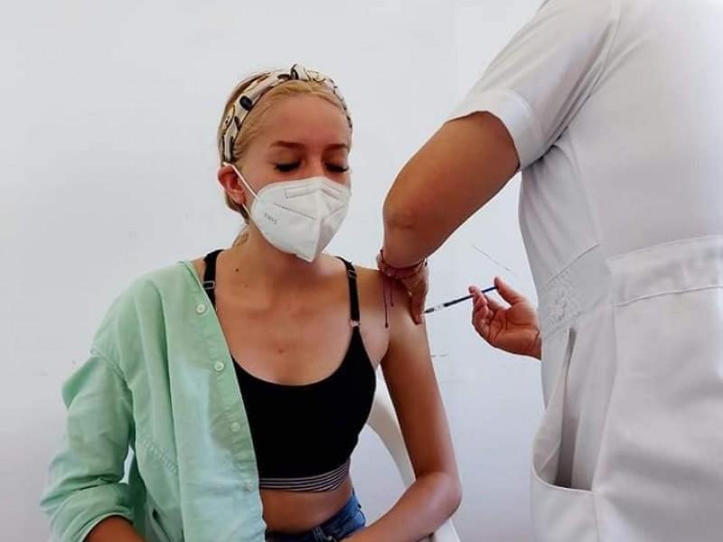 Inicia vacunación 18-39 años en Empalme