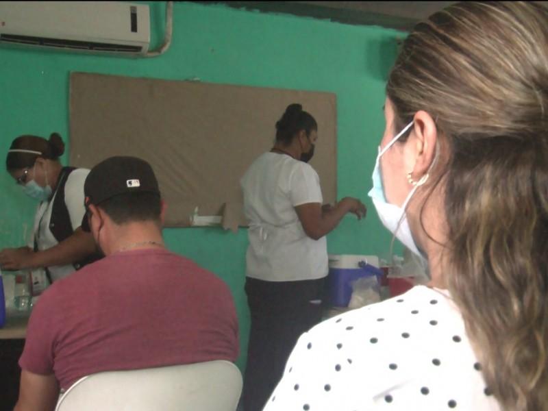 Inicia vacunación en jóvenes de Etchojoa