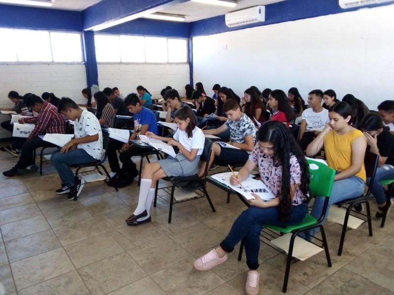 Inician exámenes para ingreso a preparatorias