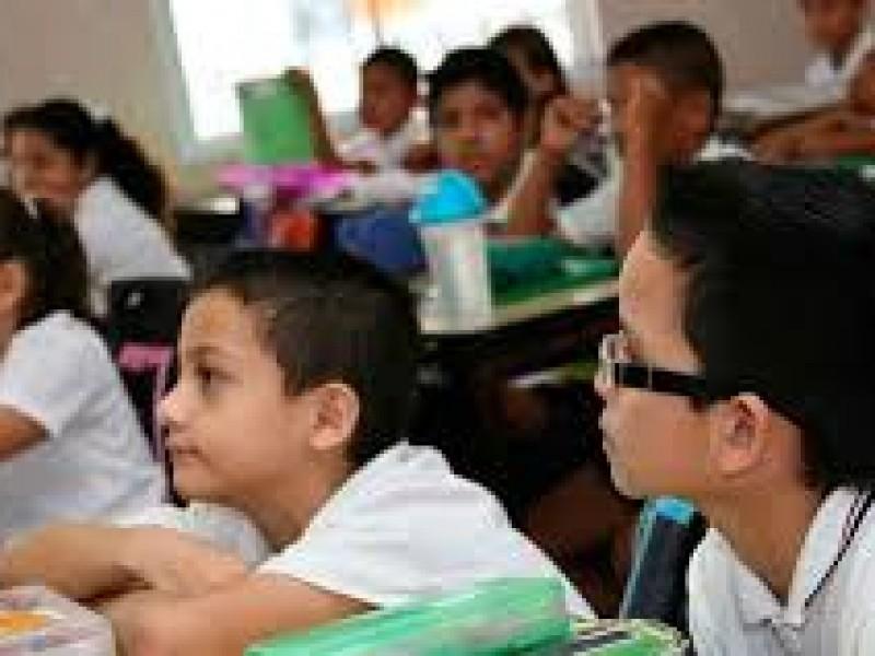 Inician preinscripciones en escuelas poblanas