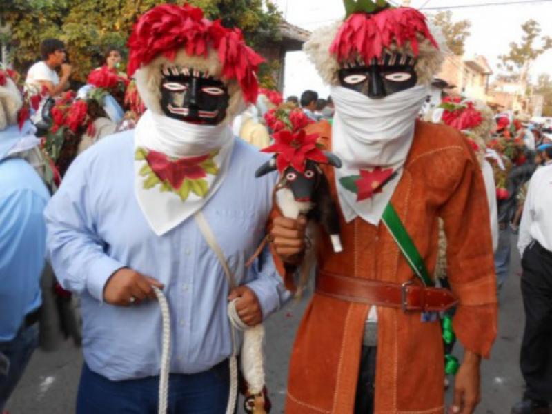 Inician preparativos para la danza de los negritos