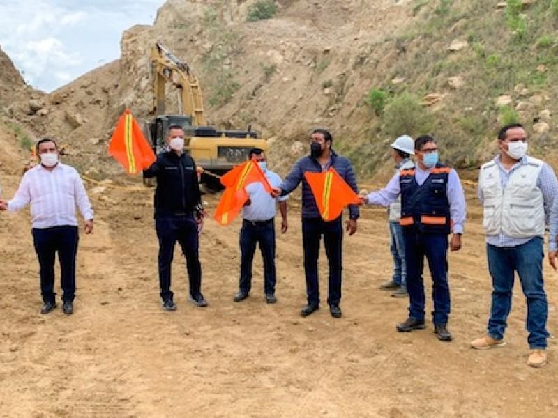 Inician trabajos de obra en la carretera Barranca Larga-Ventanilla