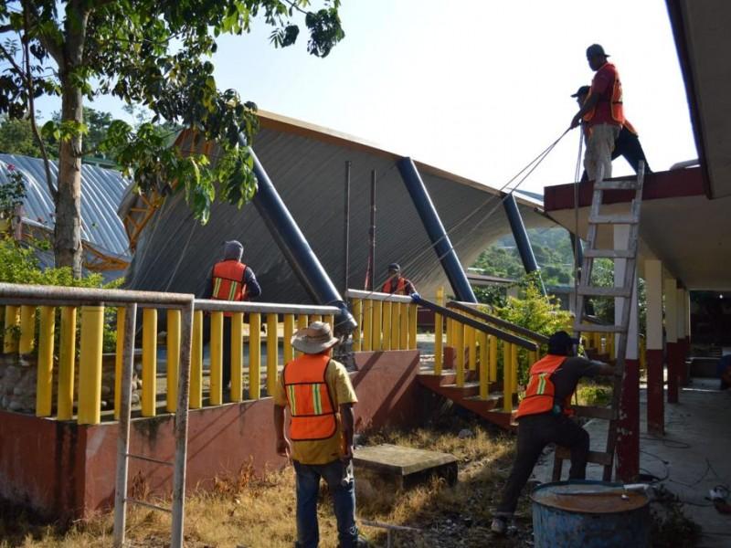 Inician trabajos de rehabilitación de escuelas en Poza Rica