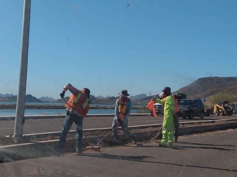 Inician trabajos en carretera y Puente Douglas