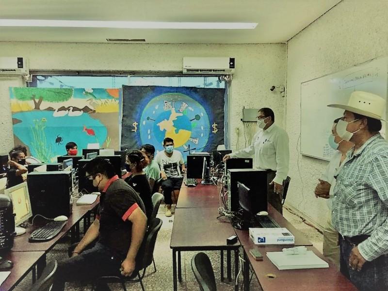 Inician universitarios clases de Etnia Yaqui