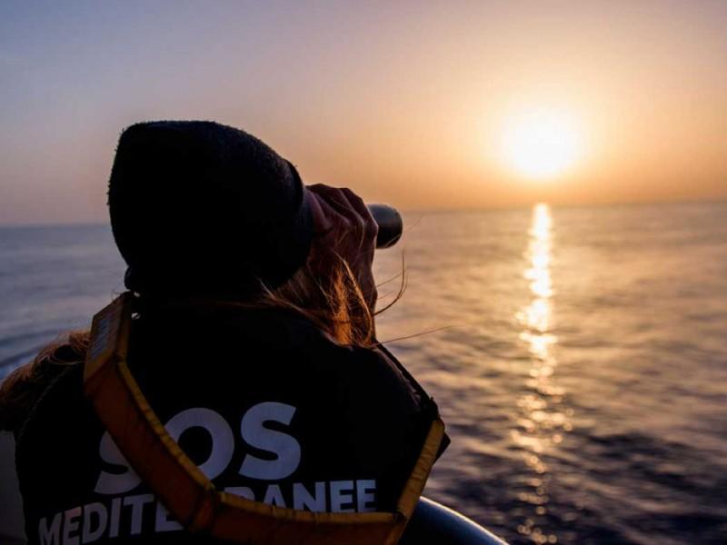 Inmigrantes fallecen en naufragios en Túnez y Turquia