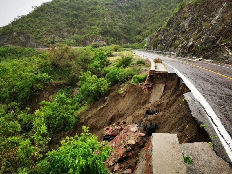 "Instalan Comité de Evaluación de daños por huracán ""Olaf"""