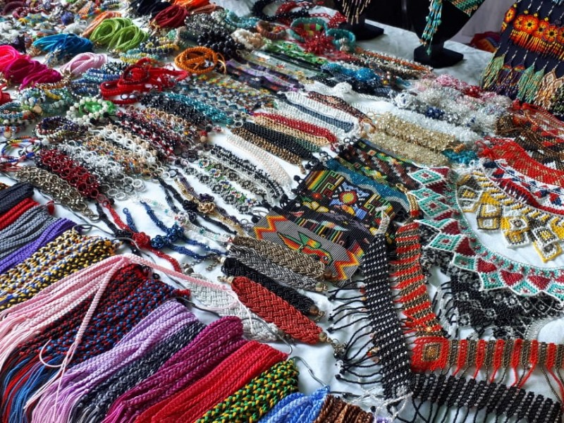 Instalan tianguis artesanal en La Piedad