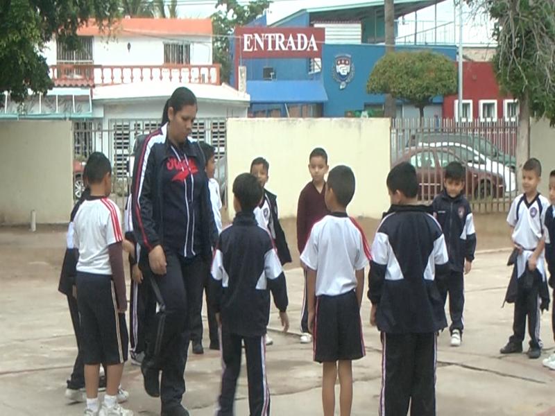 Instituciones Educativas a favor de operativo ''Mochila Segura''