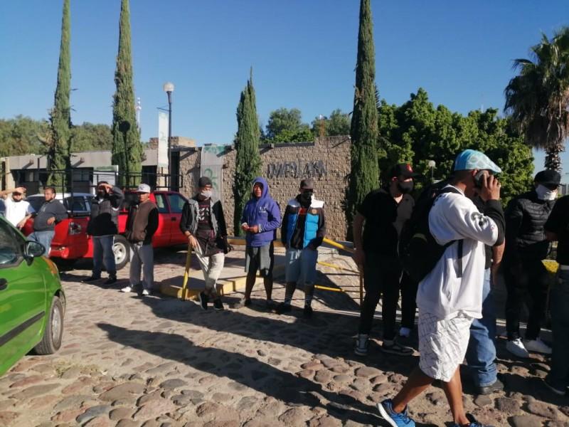 Integrantes de Anexos se manifiestan en Desarrollo Urbano