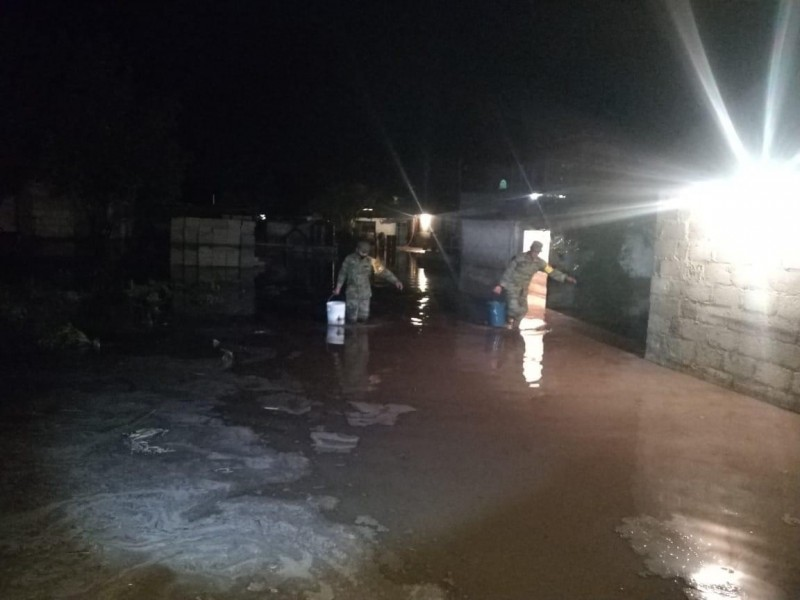 Intensa lluvia deja afectaciones en diversos  municipios poblanos