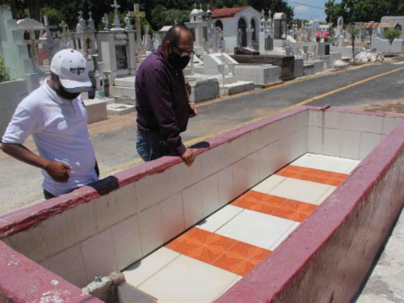 Intensifican acciones contra el dengue en el panteón de Zamora