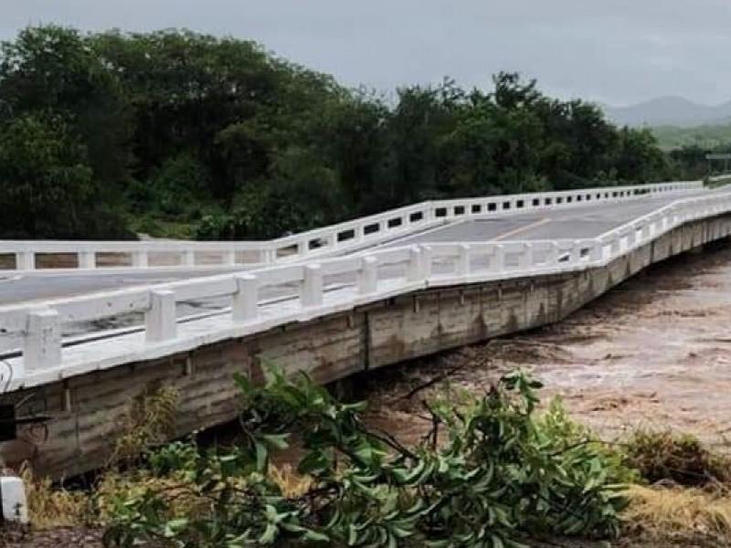 Interrumpido el tráfico por carreteras entre Culiacán y Mazatlán