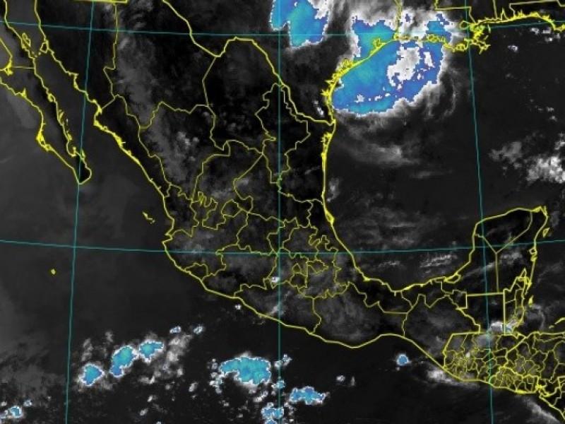 Intervalos de chubascos para Veracruz este lunes